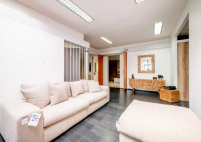 Jeanfils à Verlaine (Liège) - Showroom avec mobilier