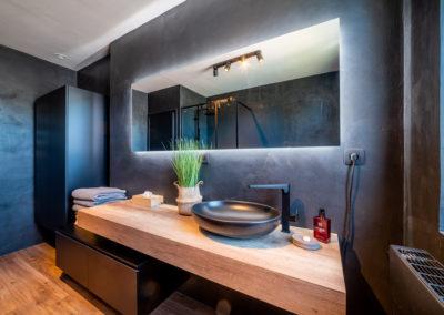 Réalisation de sanitaires - Salle de bains par Jeanfils (Liège)